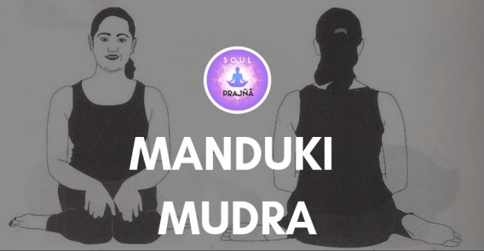 MANDUKI MUDRA